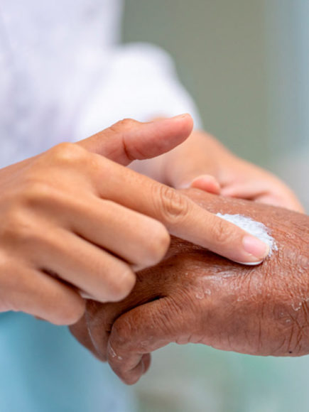Máster en Cosmética y Dermofarmacia – Certificado por APENB